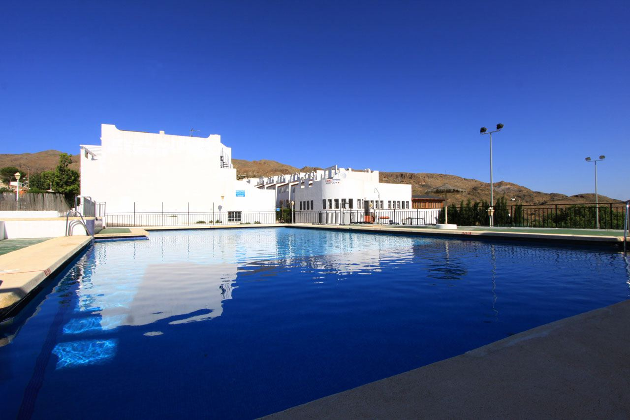 self catering apartment Mojacar swimming pool